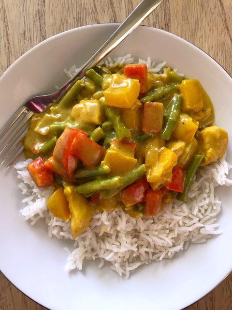 rijst met kip/kerrie