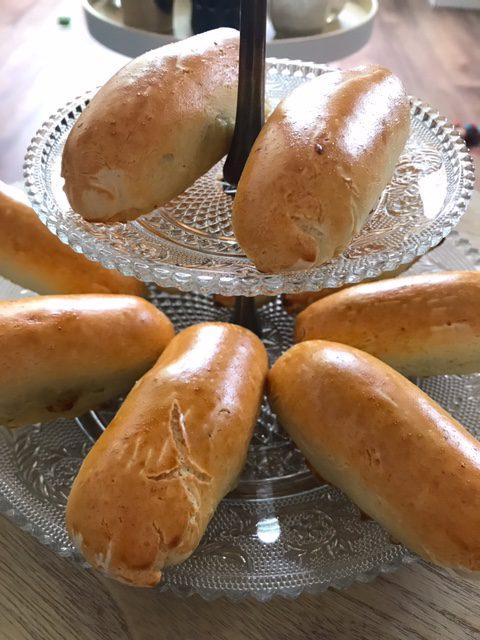 glutenvrije worstenbroodjes