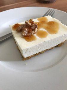 Griekse yoghurttaart met walnoten en honing